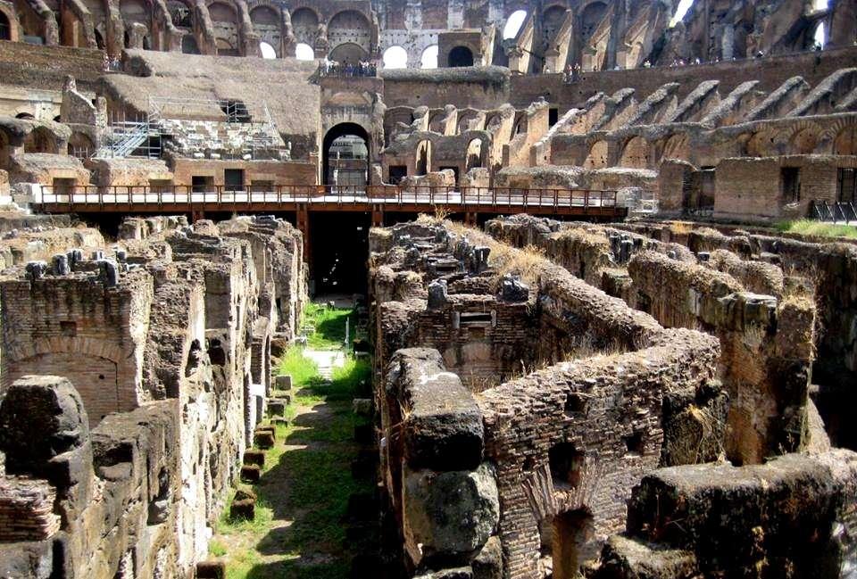 Kolezyum (Colesseo)'un Zemin Kat Hücreleri Görüntüsü-Roma