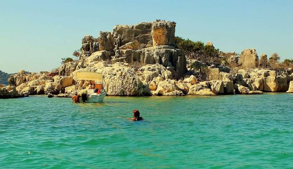 Kaleköy'e Sürat Teknesi İle Ulaşım
