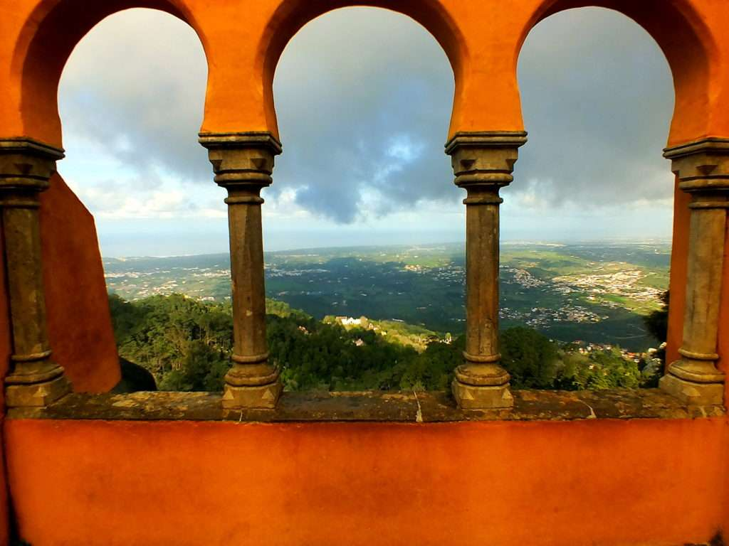 Pena Sarayı (Palácio da Pena)'ndan Atlantik Okyanusu