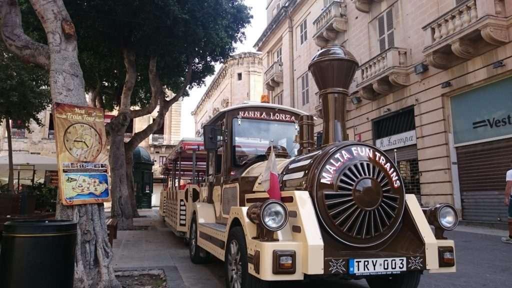 Malta Adası Tren gelir hoş gelir