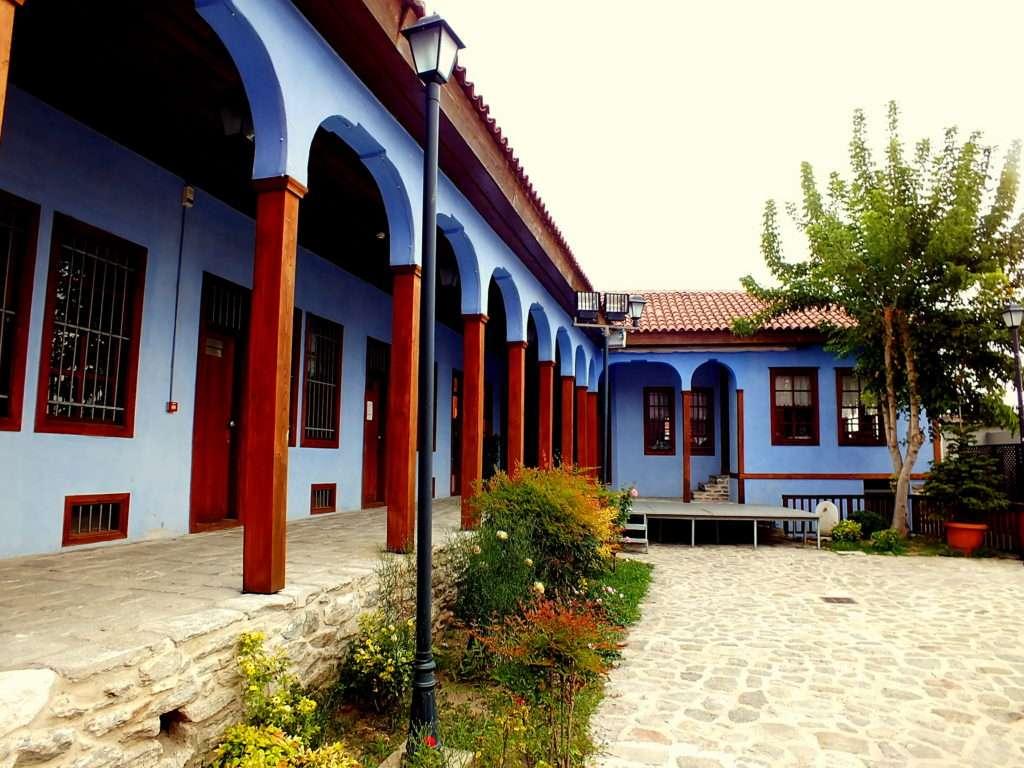Halil Bey Cami ve Medresesi (Χαλήλ-μπεη τζαμί (Παλιά Μουσική))