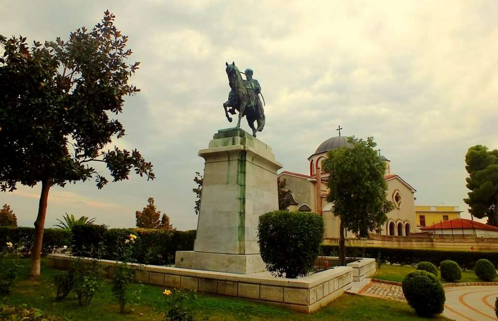Kavalalı Mehmet Ali Paşa Meydanı (Πλατεία Μεχμέτ Αλή)