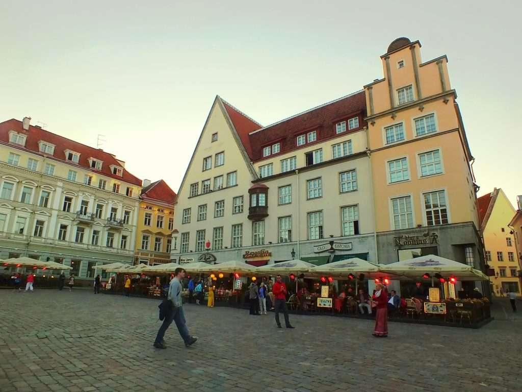 Raekoja Plats (Belediye Meydanı)
