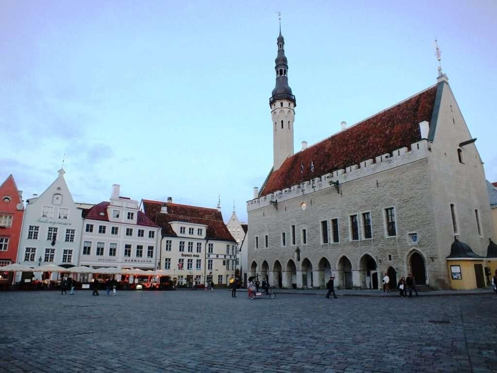 Tallinna Raekoda (Tallinn Belediye Binası)