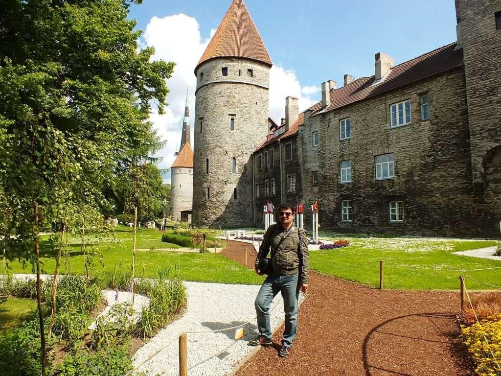 Nunna Torn, Sauna Torn, Kuldjala Torn (Tallinn Şehir SurlarıNunna, Sauna ve Kuldjala Kuleleri)