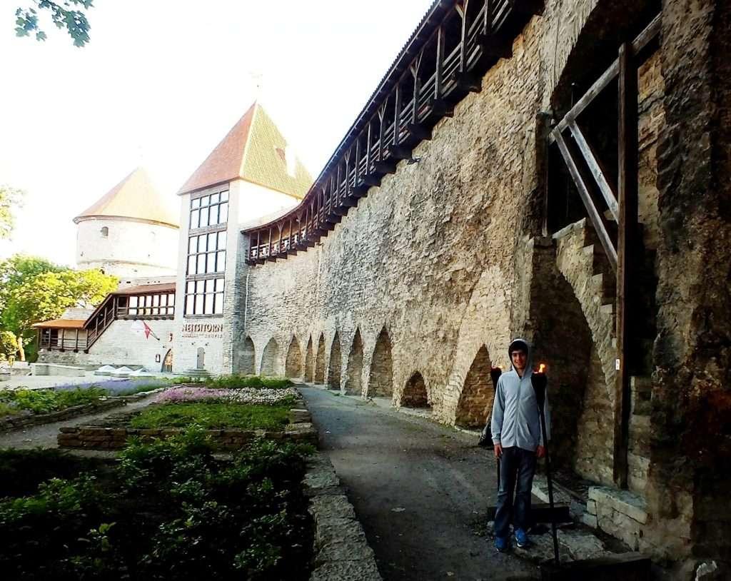 Neitsitorn (Kız Kulesi) Tallinn'de Ne Yenir? Nerede Yenir?