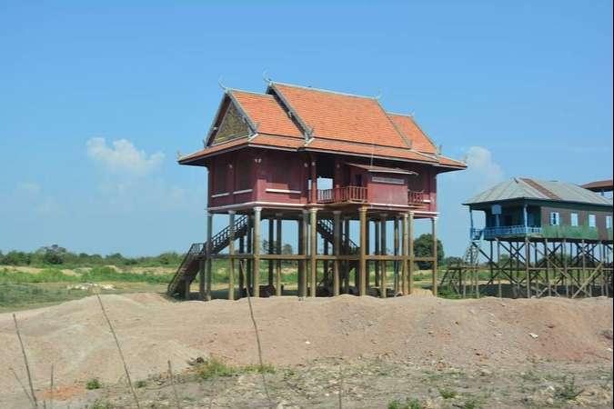 Tonle Sap Gölü'ndeki Evler