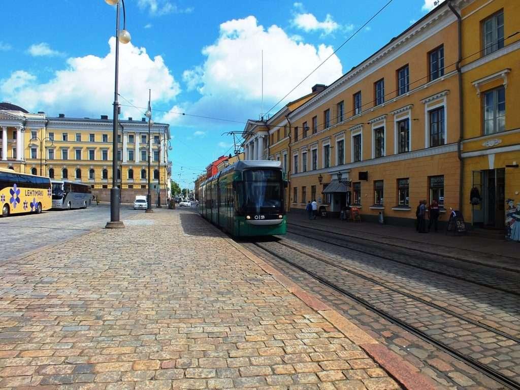 Helsinki'de 2 Numaralı Tramvay