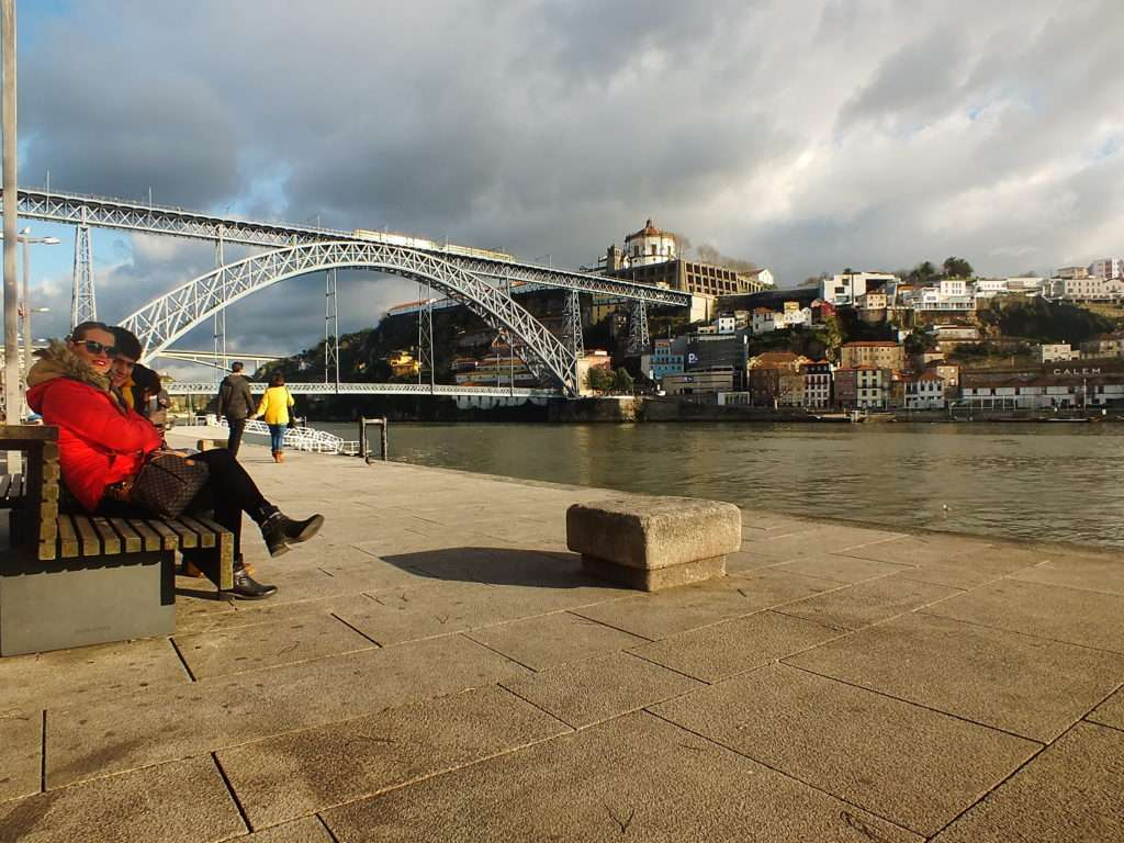 Bulutlu Havada Öğlen Ponte Dom Luís I Köprüsü Riberia