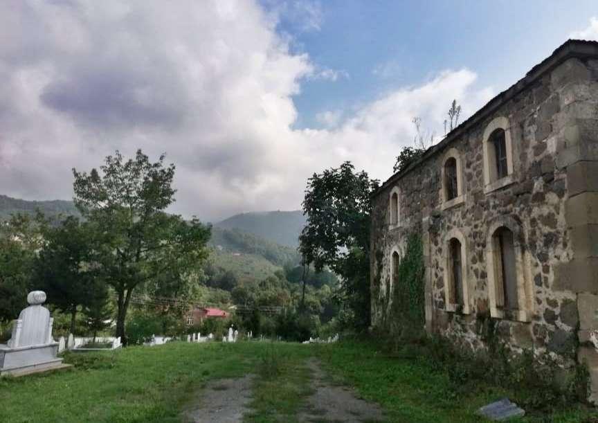 Düzköy Tarihi Kilise/Cami