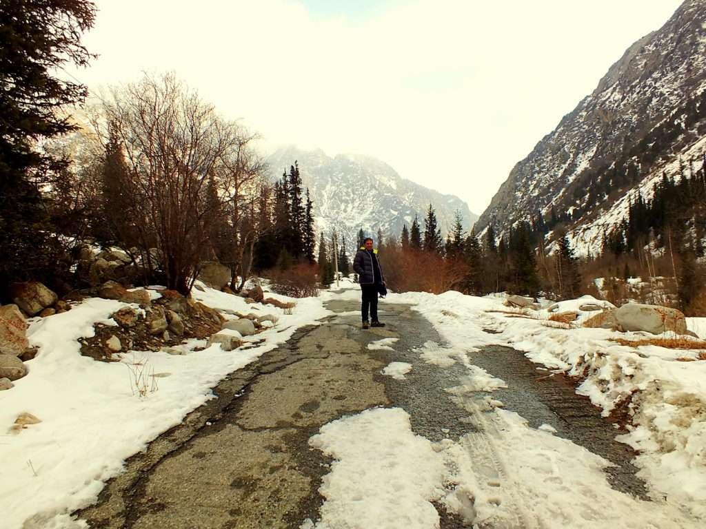 Ala-Archa Milli Parkı Trekking Yolu