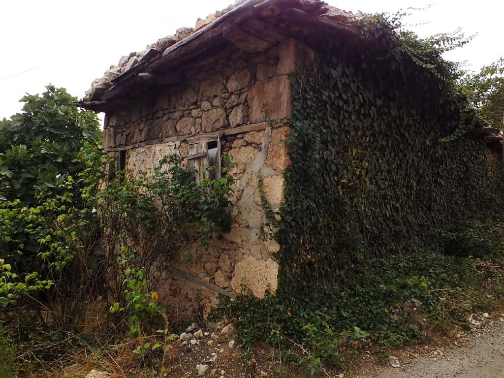 Köyün En Eski Evi