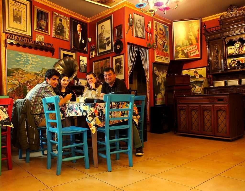 Gramofon Kafe