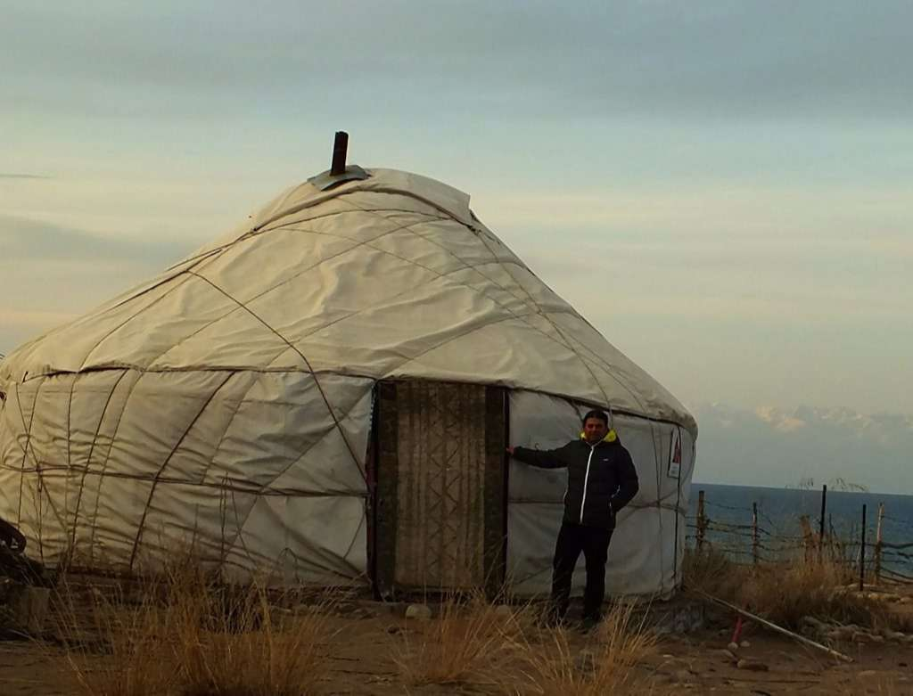 Bel Tam Yurt Kampı