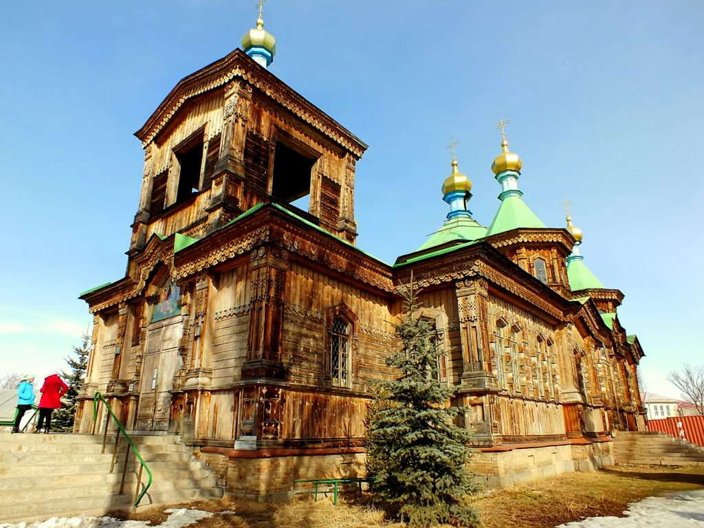 Kutsal Üçlü Katedrali(Holy Trinity Cathedral)(Cобор Святой Троицы)