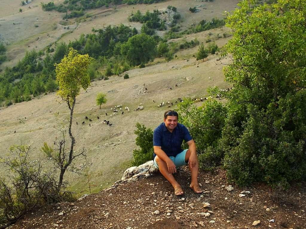 Toros Meralarında Dolaşan Küçükbaş Hayvanlar Manavşa Kalesi