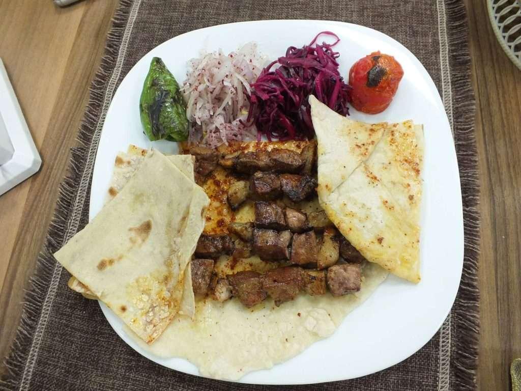 Bişkek'te Ne Yenir? Nerede Yenir? Türk Restoranları