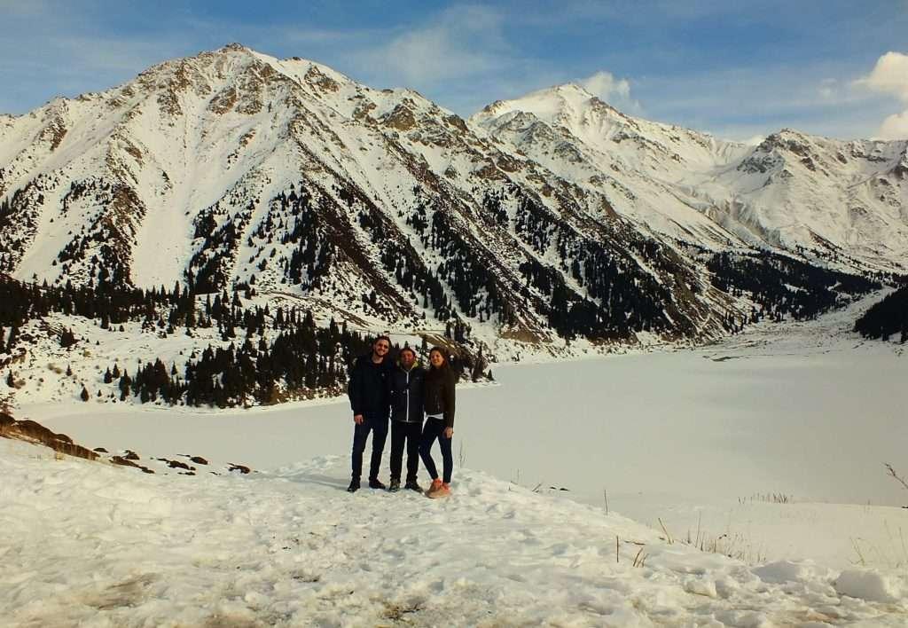 Büyük Almatı Gölü Hatıra Fotoğrafı