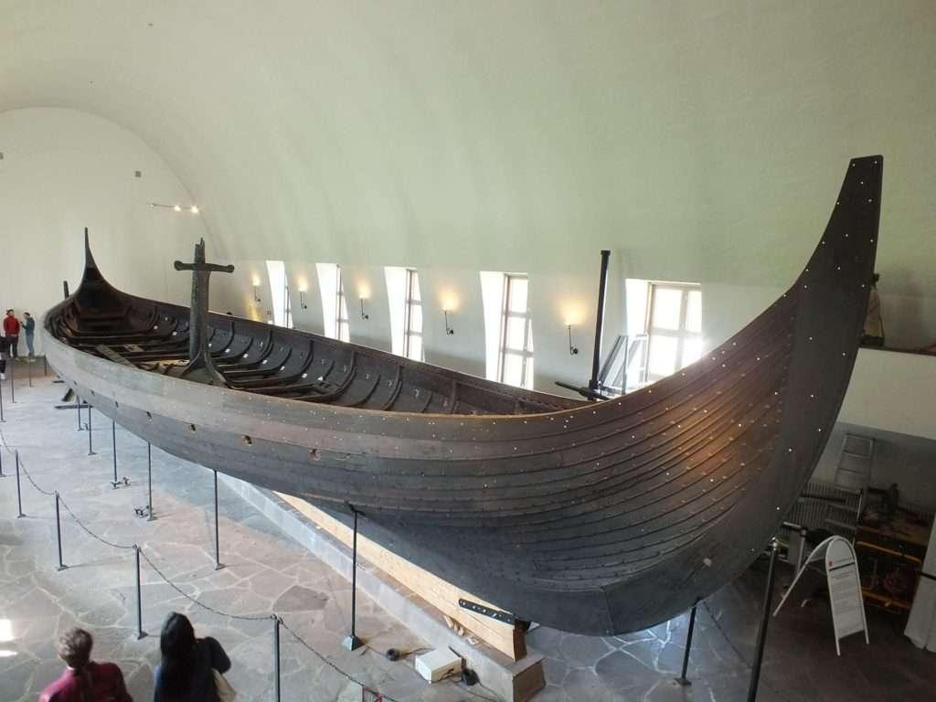 Viking Gemi Müzesi (Vikingskipshuset) Oseberg Gemisi Kazısında Bulunan Araba Gokstad Gemisi