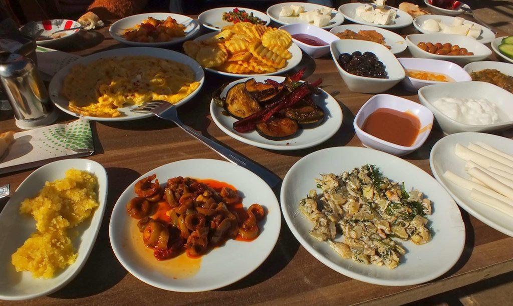 Beyzade Konağı Cafe&Restorant Serpme Kahvaltı