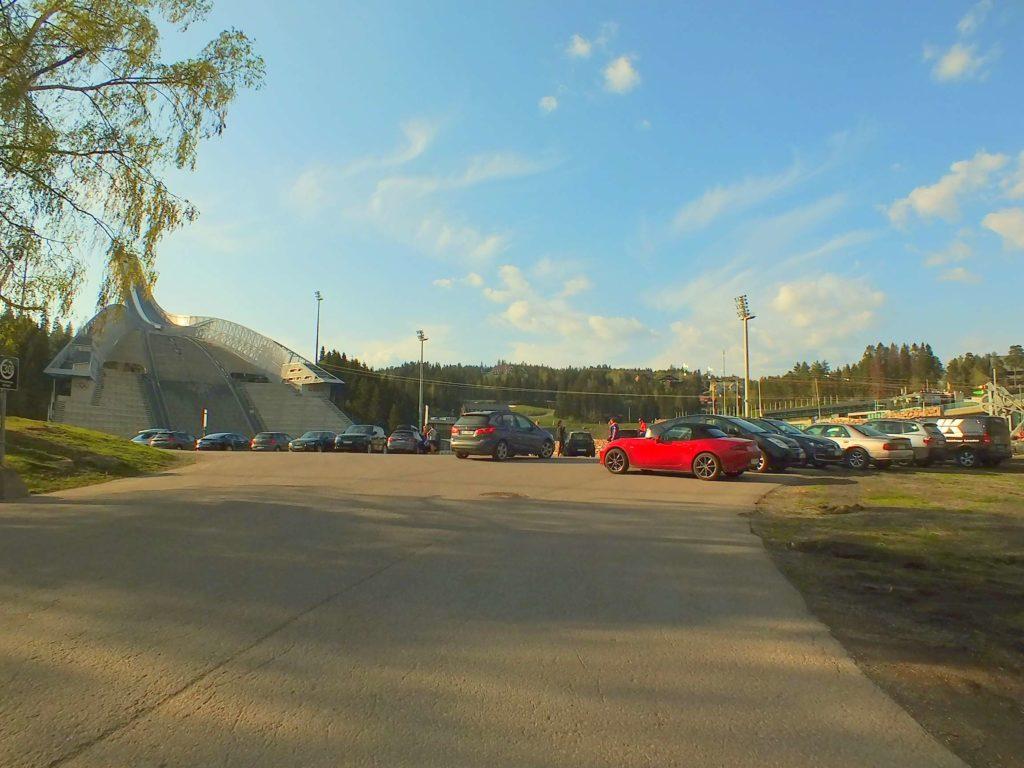 Holmenkollen Atlama Kulesi Otoparkı
