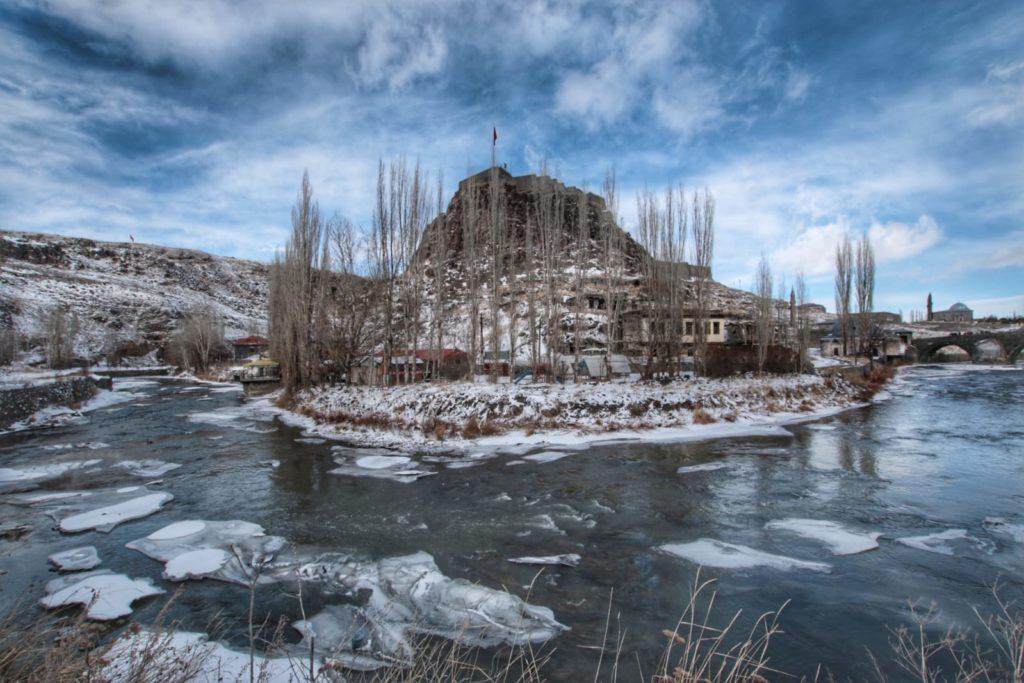 Kars Kalesi ve Taş Köprü