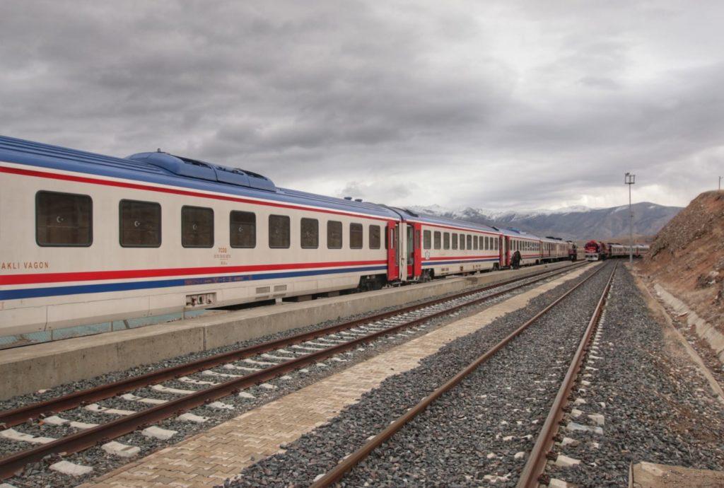 Doğu Ekspresi Erzincan Tren İstasyonu