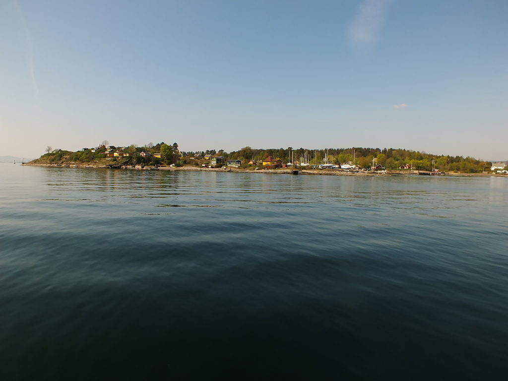 Lindøya Adası Yolunda