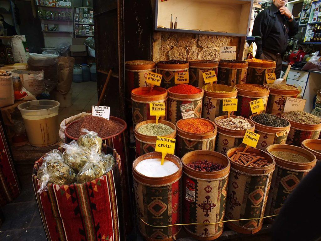 Mardin Gezisi Baharat Dükkanları