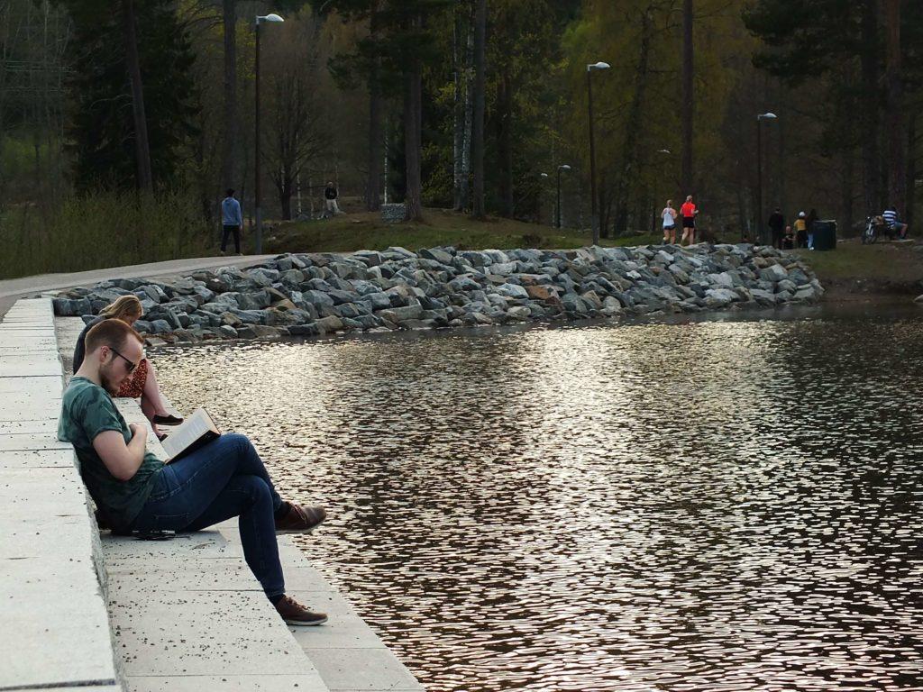 Oslo Gezisi Sognsvann Gölü ve Kitap