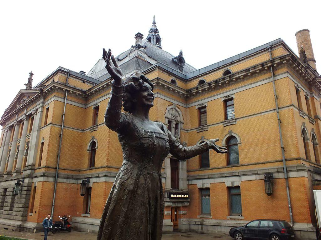 Oslo Gezisi Ulusal Tiyatro (Nationaltheatret)