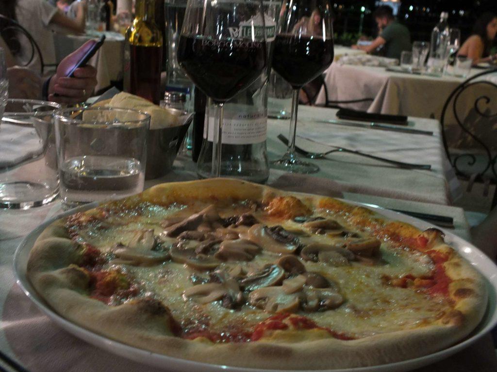 Ristorante Cervo Mantarlı Pizza (Funghi)