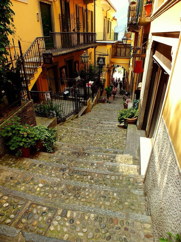 Salita Plinio Sokağı