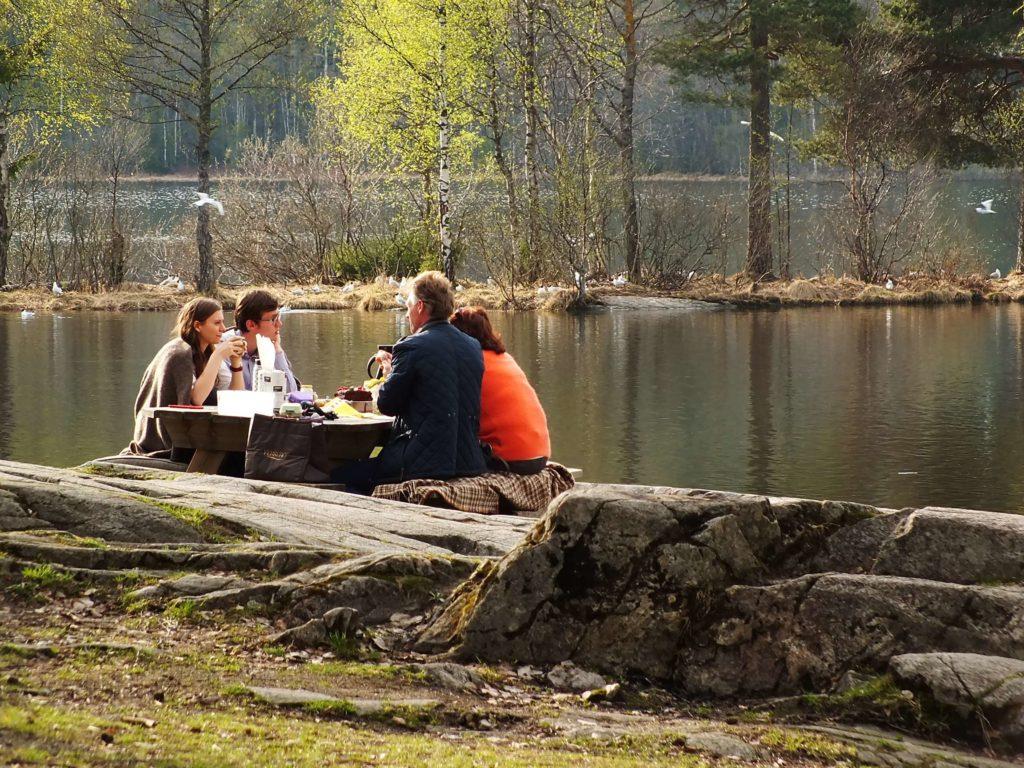 Sognsvann Gölü ve Piknik