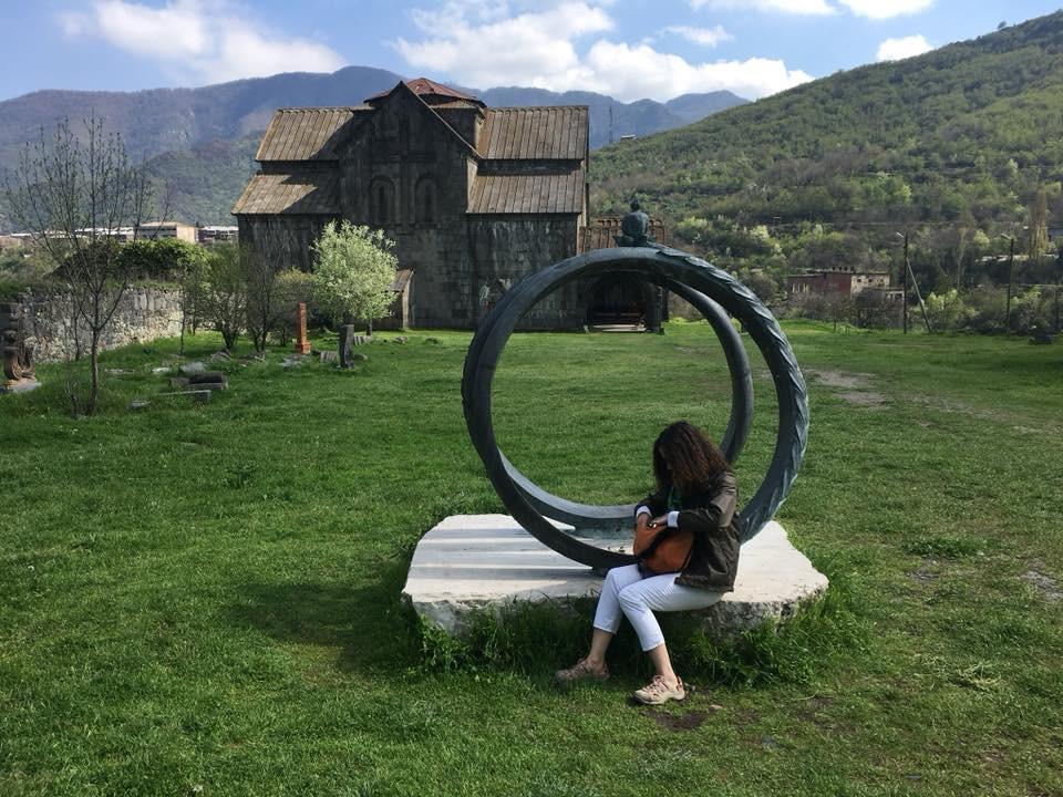 Ermenistan'da Solo Seyahat Akhtala Evliliği ve Bereketi Kutsayan Heykel