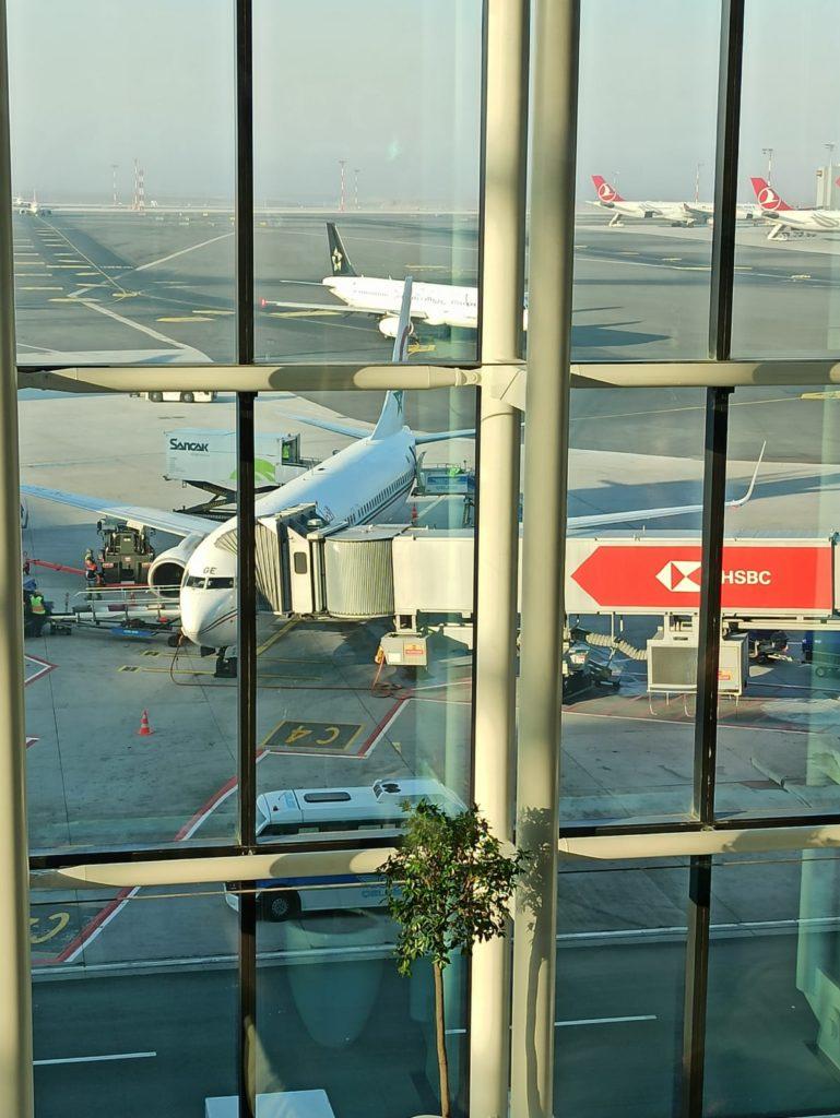 Royal Air Maroc ile Kazablanka Dinlenme Alanından Uçağımız