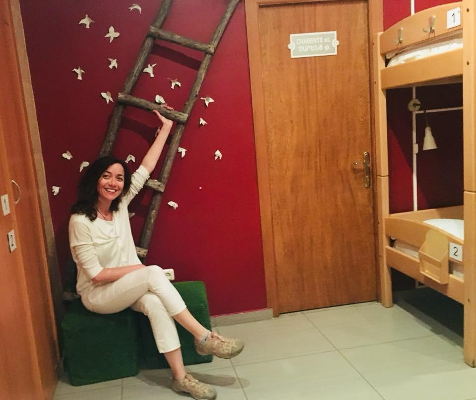 Ermenistan'da Solo Seyahat Envoy Hostel'deki Odam