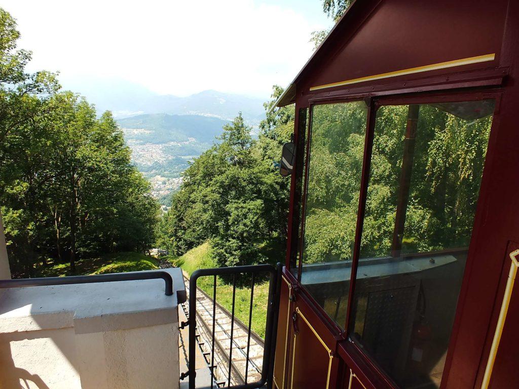 Monte Brè Feniküler İstasyonu