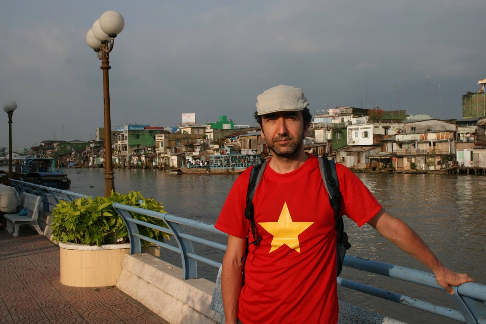 Ho Chi Minh City Tişörtteki Vietnam Bayrağı 🇻🇳