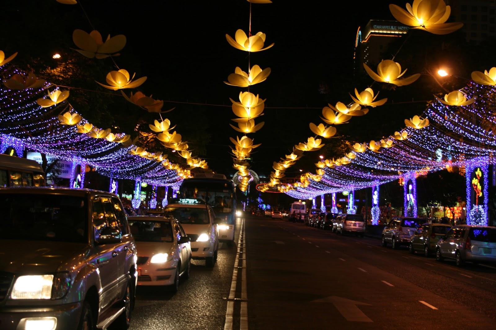 Çin Yılbaşısı Süslemeleri - Ho Chi Minh City