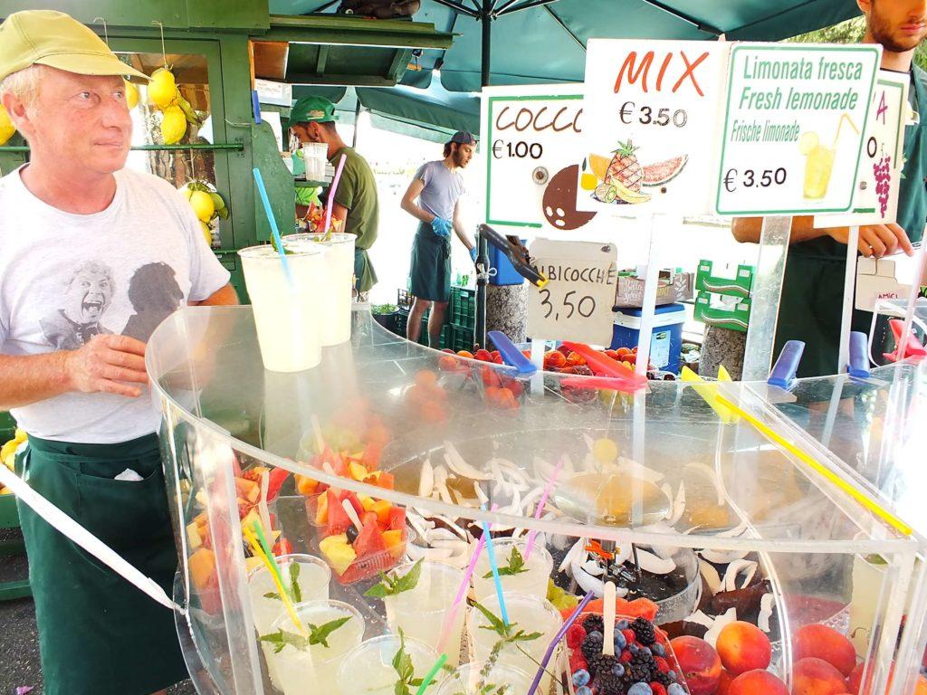 Soğuk Meyve ve Limonata Satıcıları