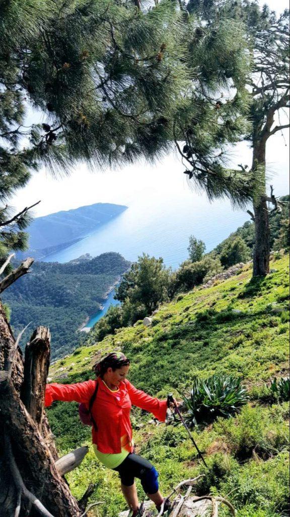 Uzunyurt Köyü Dağ Yolu İnişi