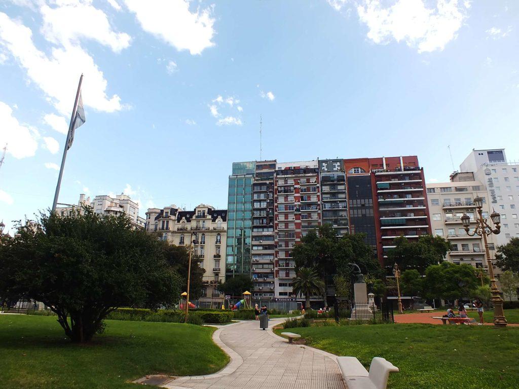 Monserrat Plaza del Congreso