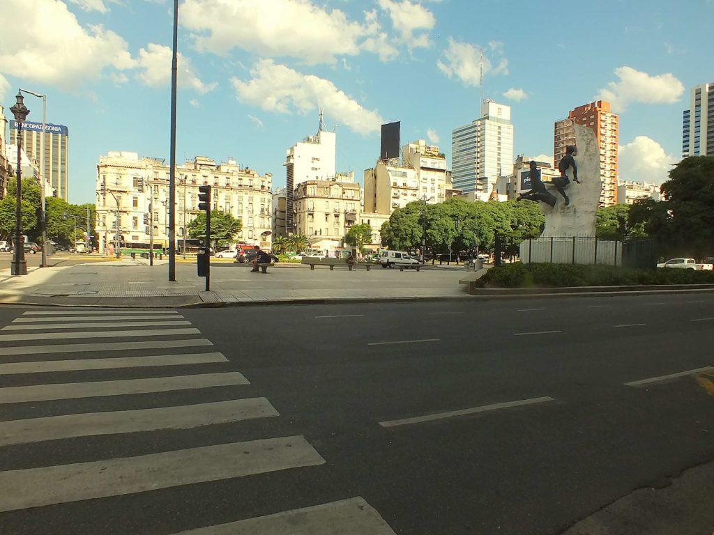 Monserrat 9 Temmuz Bulvarı (Avenida 9 de Julio)